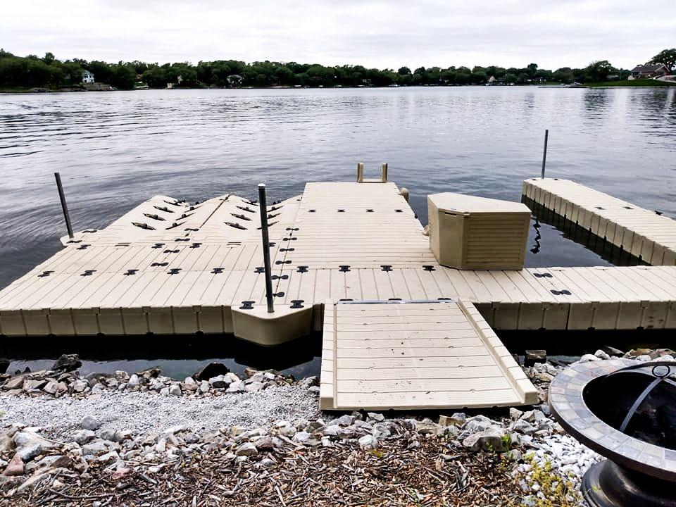 boat-dock-3-slips-2-pwc-ports