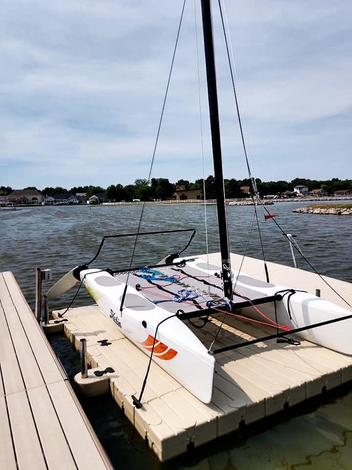 catamaran-port-dock