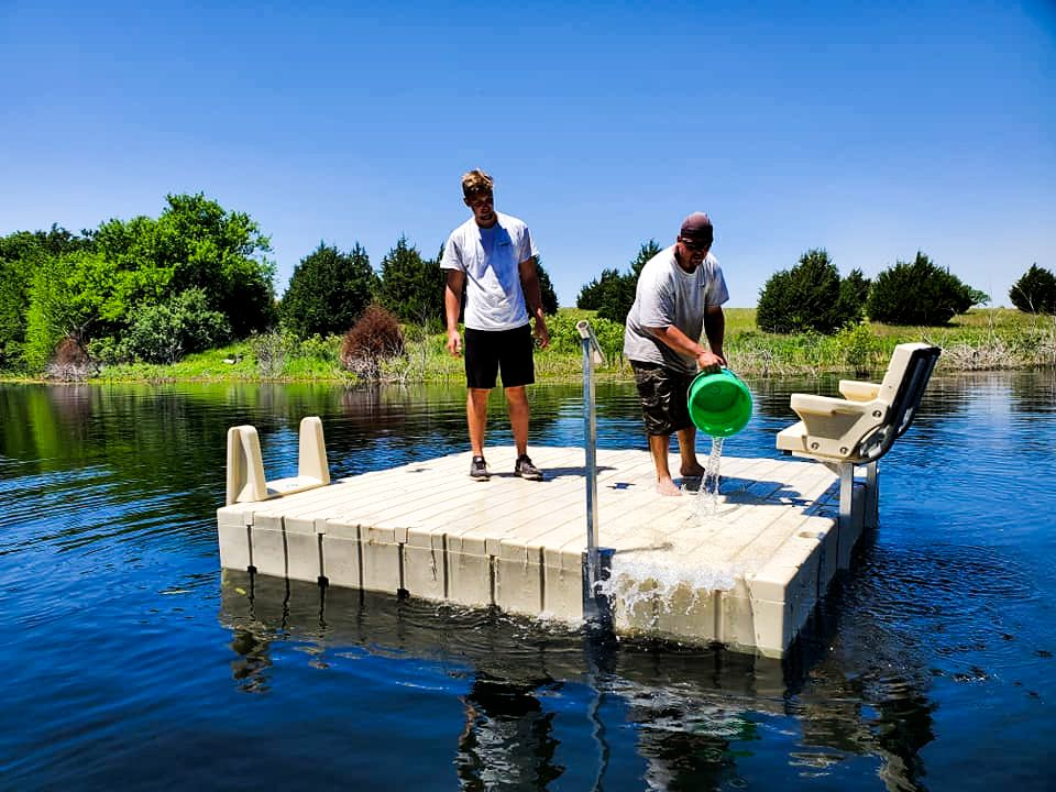 crew-cleaning-floating-platform-dock