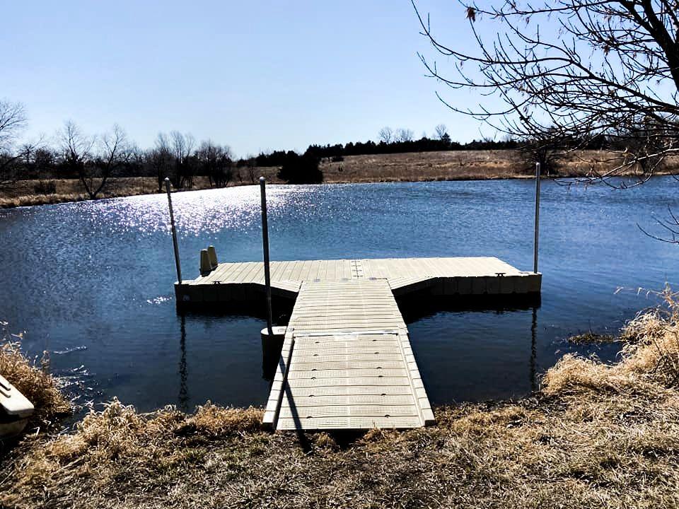 dock-on-a-beautiful-lake
