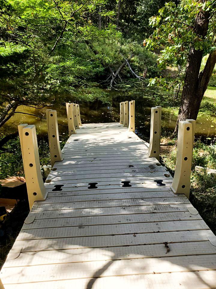 gangway-installation-pond