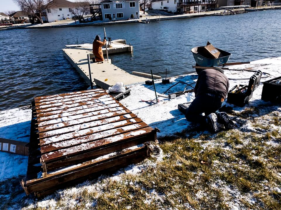 marine-dock-install-in-cold-weather