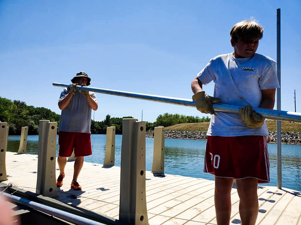 md-aquatics-crew-gangway-railing-install