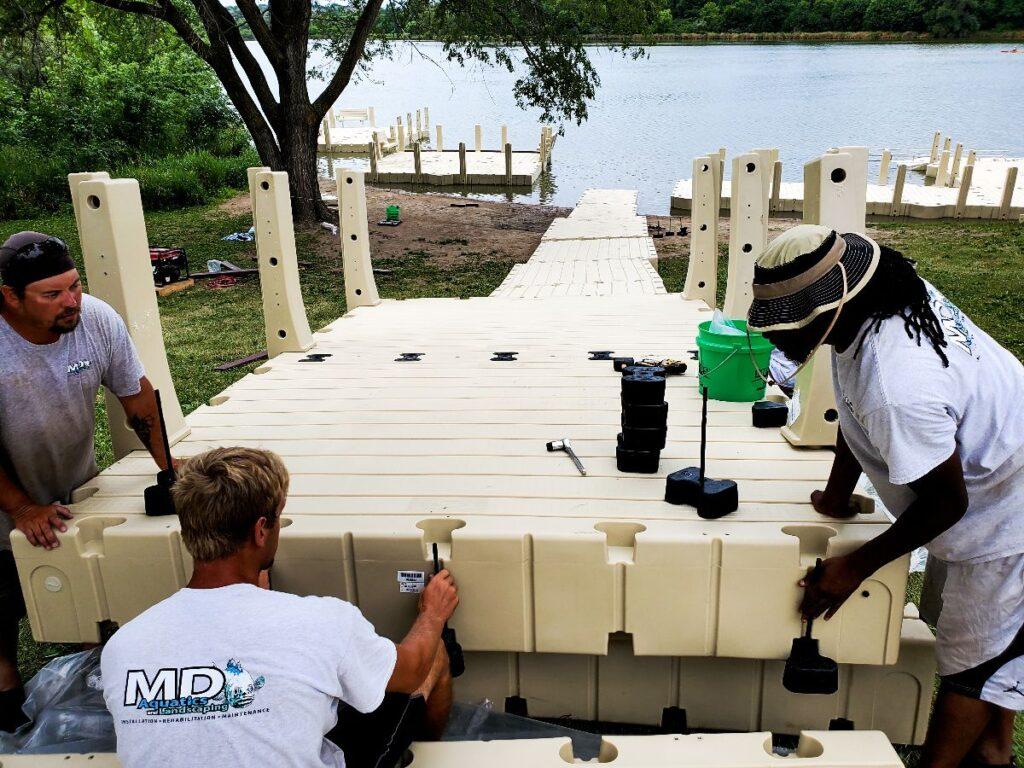 md-aquatics-crew-setting-up-ez-dock