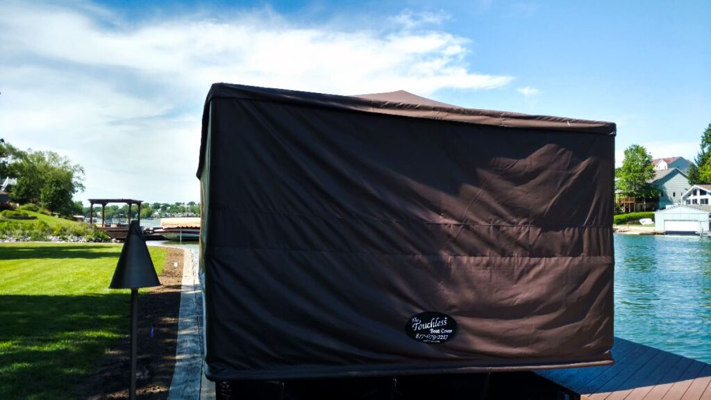 touchless-boat-cover-with-cover-down