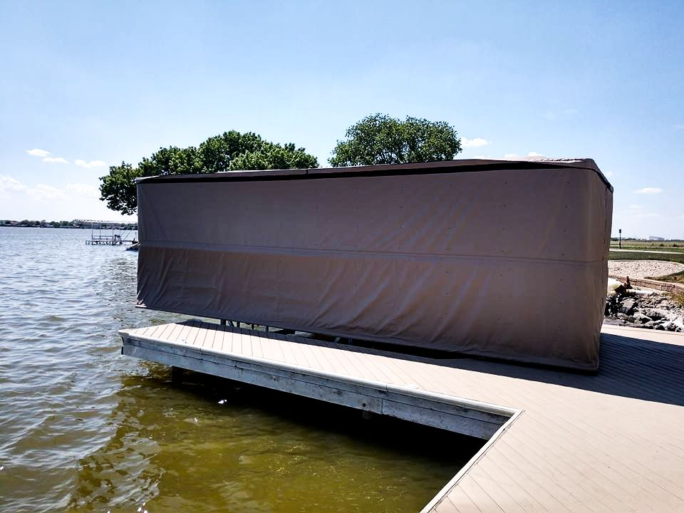 touchless-speed-boat-cover-down