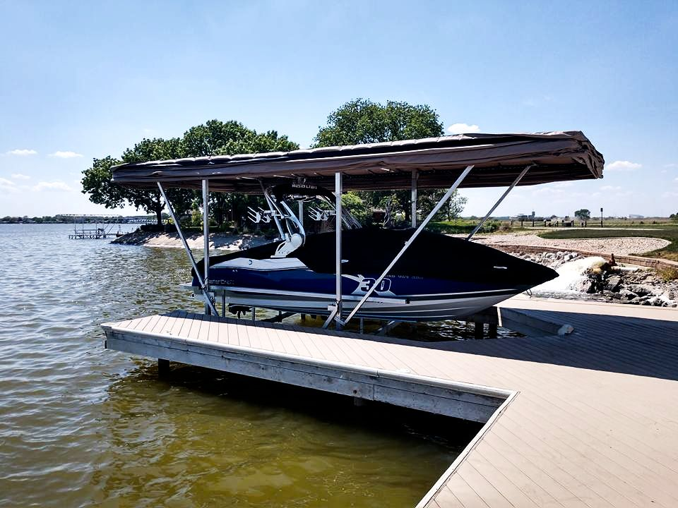 touchless-speed-boat-cover